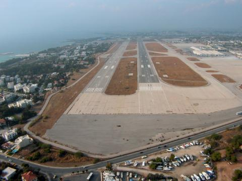 Athens International Airport - Runway
